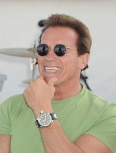 Arnold Schwarzenegger shown wearing the Invicta Russian Diver (1434) – the watch makes an impressive display on men with larger upper bodies such as Schwarzenegger.